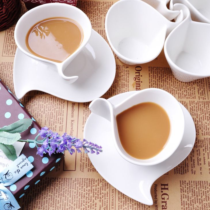 $4.82 [Ueda burn】 European creative fancy bone china coffee cup suit white ceramic coffee cup and saucer spoon Specials-ZZKKO