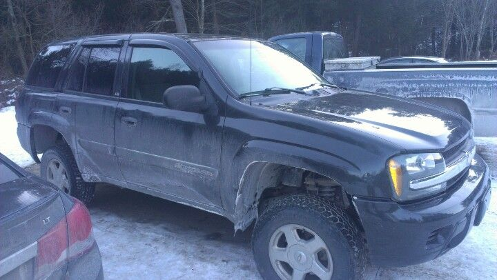 My 03 three trailblazer with 4 inch total lift and stock tire size ...