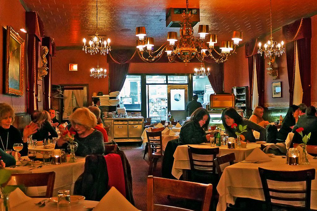 10 Old Fashioned Italian American Restaurants To Try In