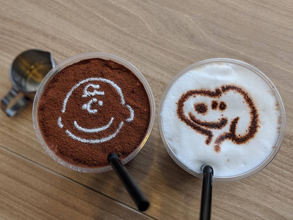 Charlie Brown Cafe Charlie Brown Snoopy And The Rest Foodgem Food Travel Charlie Brown Cafe Food Mocha Frappe