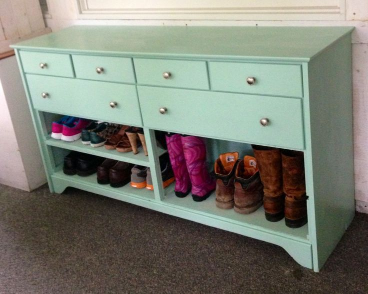 Superieur Old Dresser Painted And Turned Into A Shoe Rack And Hat And Mitten Storage  For An Entry Or Mudroom