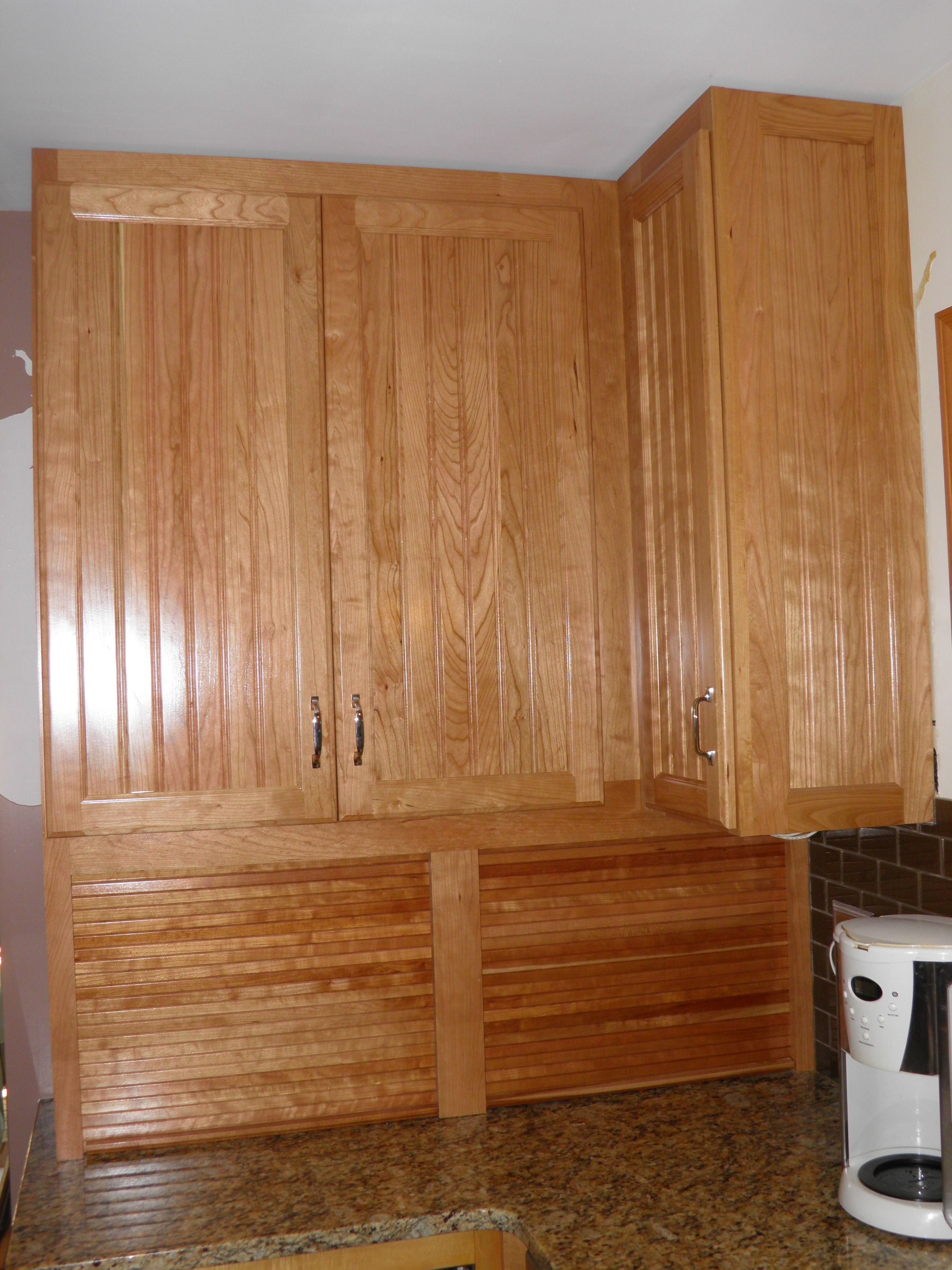 Best Solid Cherry Beadboard Style Cabinets Cabinet Styles 400 x 300