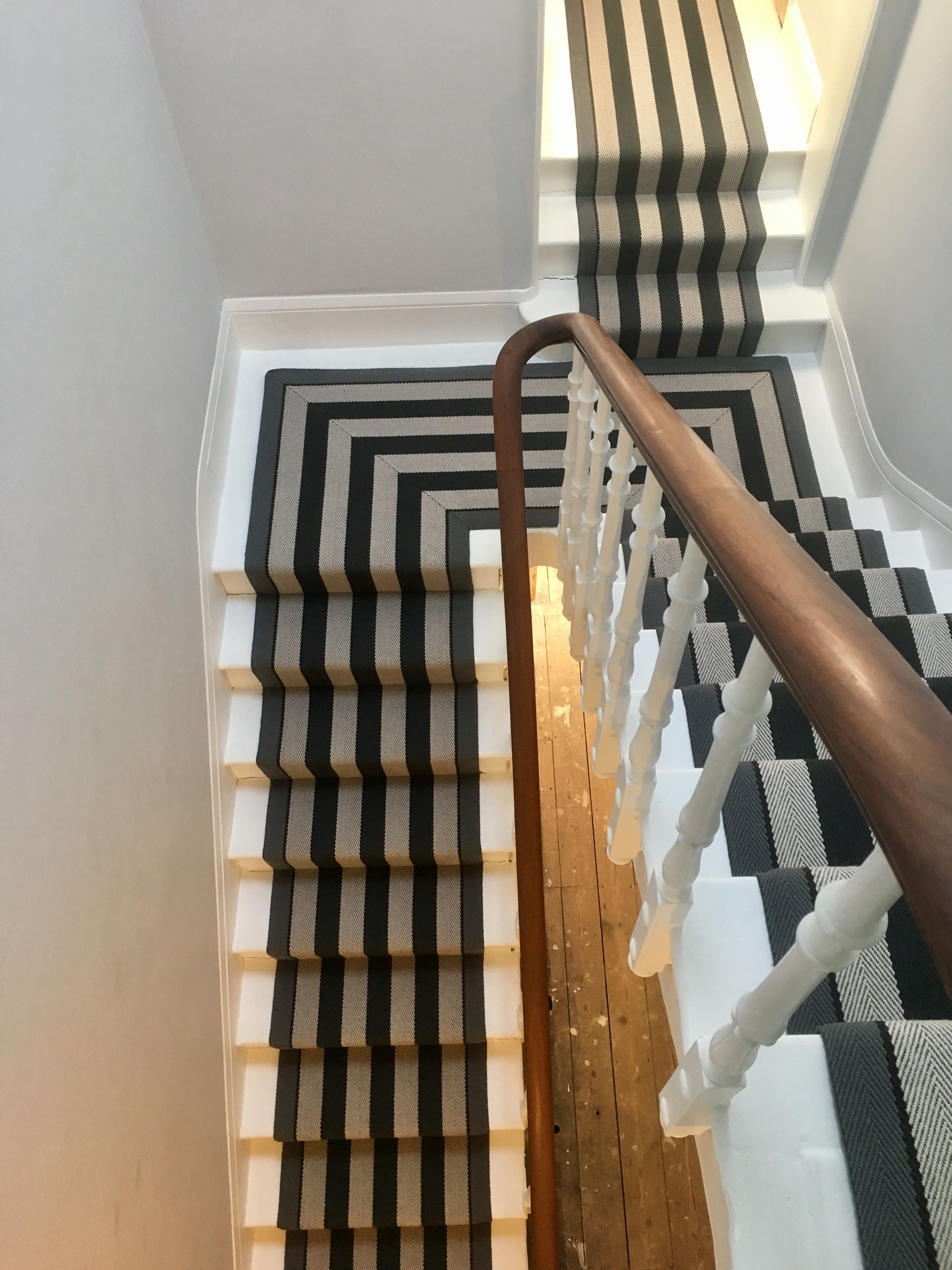 Hallway Ideas Roger Oates Fitzroy Black Stair Runner With Mitred Half Landing Installed In Cheltenham By Deca Des Stair Runner House Entrance Hallway Carpet