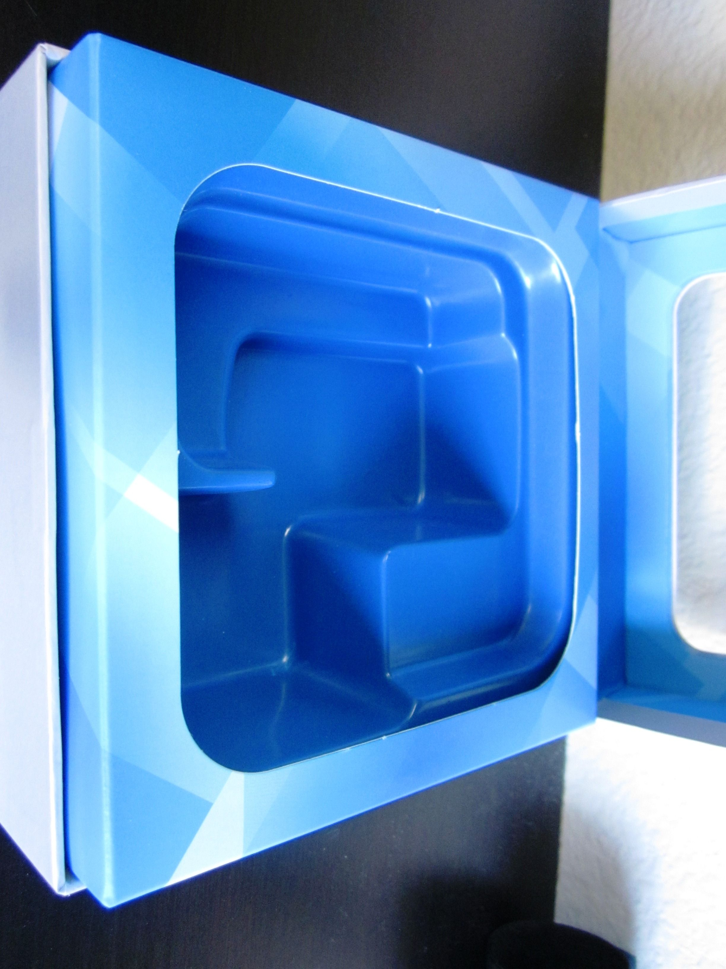 Blue vac form insert tray with paperboard border #packaging ...