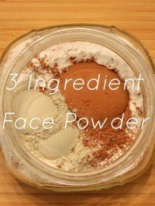 Make your own all natural non toxic 3 ingredient face powder. #nontoxic #naturalbeauty #diybeauty