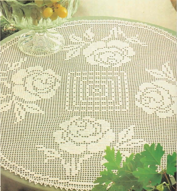 Filet Crochet Roses For A Round Table See Free Pattern Mr
