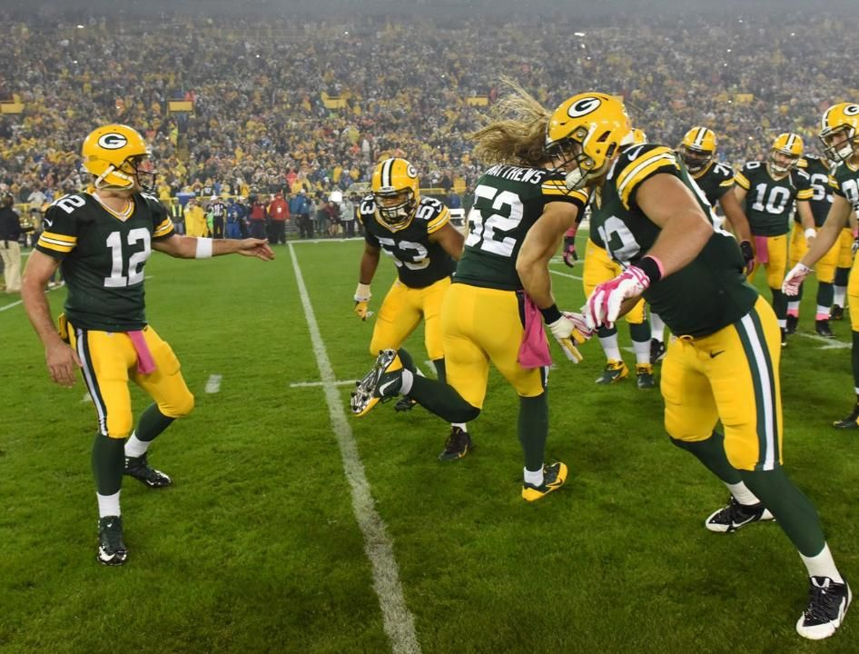 Game photos packers vs vikings with images nfl green