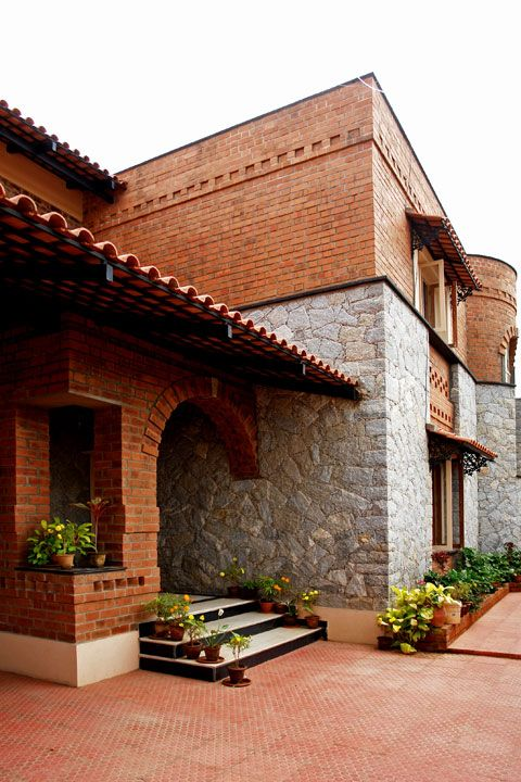 Pin by sreekanth sasidharan on inspiration architecture - Exterior designs of houses in india ...