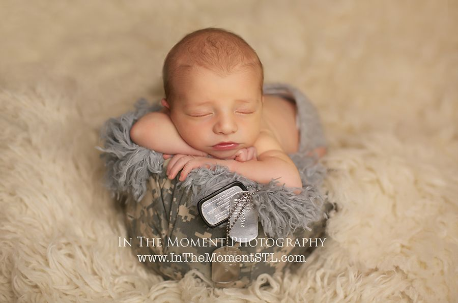 Military baby photo in the moment photography by jill shadden www inthemomentstlcom st