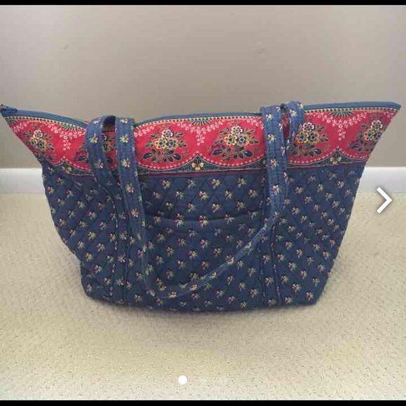 "Vera Bradley Travel Bag Vera Bradley Travel Bag in retired ""Emily"" pattern. Vera Bradley Bags Travel Bags"
