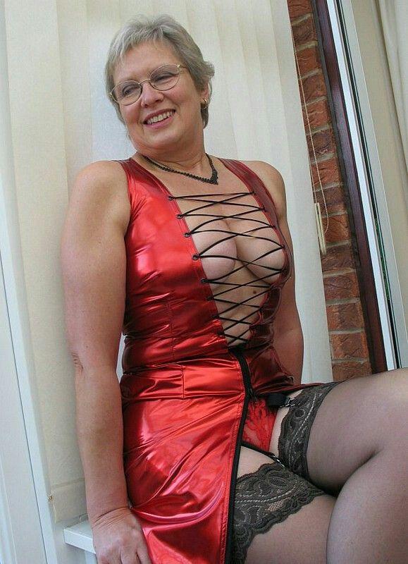 Granny stripper porn