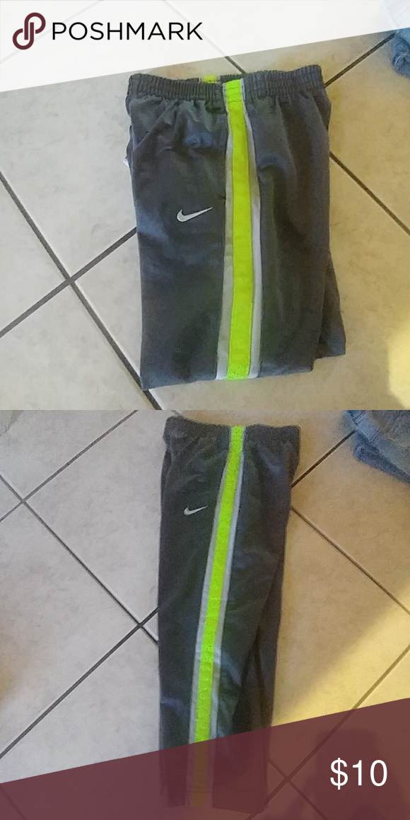 nike youth jogging bottoms