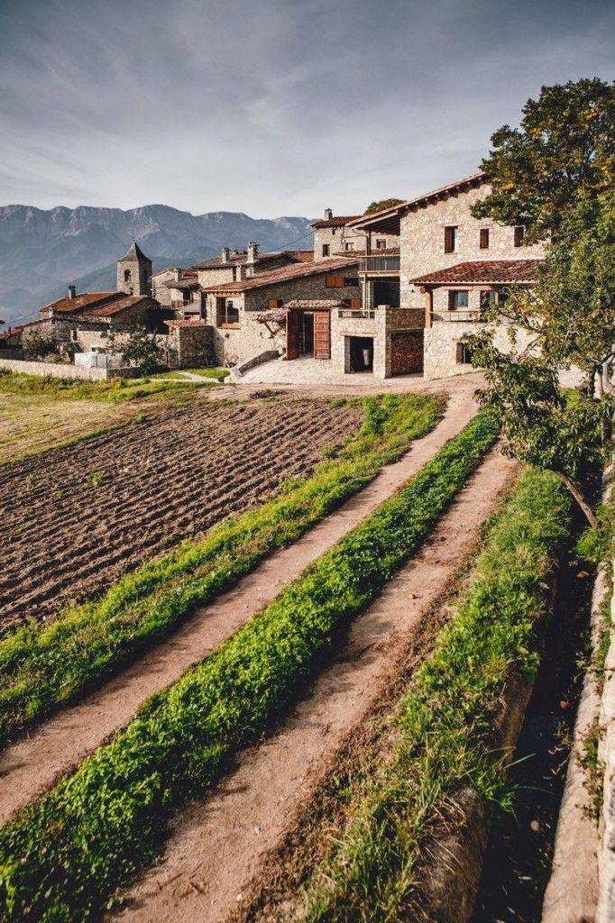 Housing-Rehabilitation-in-La-Cerdanya-by-Dom-Arquitectura-22-682x1024