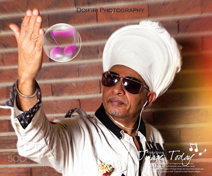#500px Select #Photography : DANNY NADH Chanteur comorien (Musique du monde) by DoifiriTopo  https://t.co/Q5lFjFlTSS #followme #photography