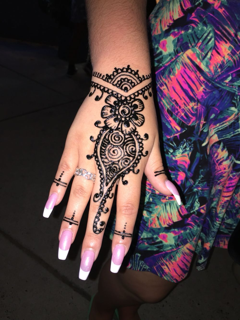 1000 ideas about traditional henna designs on pinterest traditional - Henna And French Coffin Nails