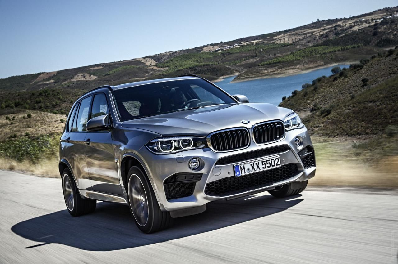 2017 Bmw X5 M X Series Suv Photos Driving On The Road