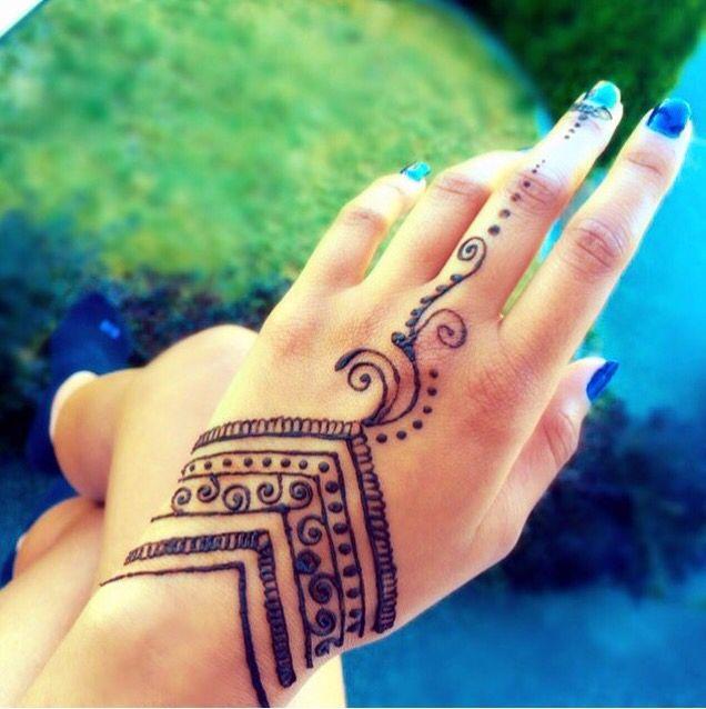 Simple Yet Effective Henna Tattoo Designs Henna Tattoo