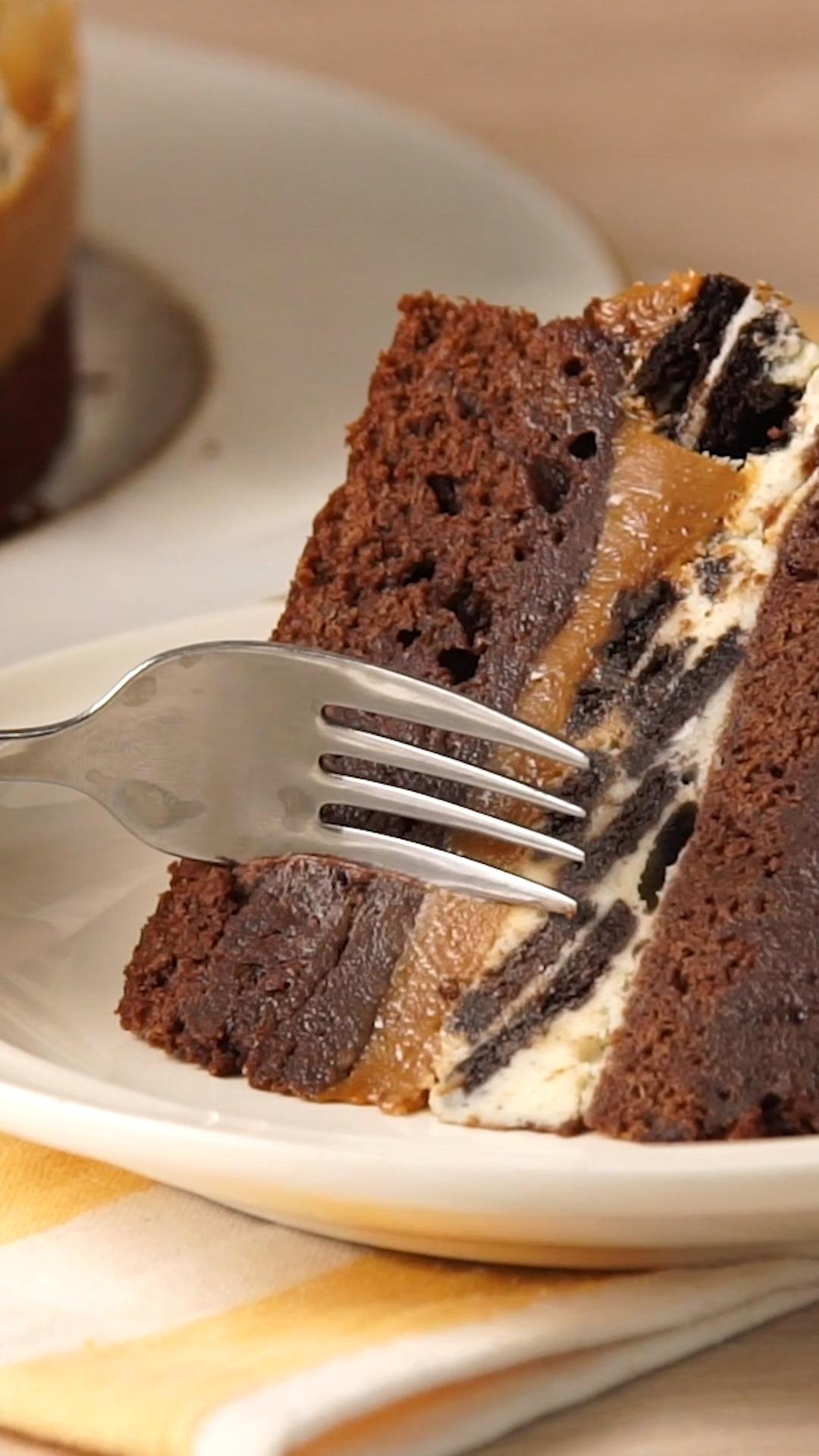 Photo of Layered Oreo and Brownie Cake