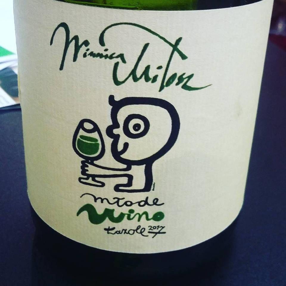 Nowoczesna Etykieta Na Wino Design Nawiazuje Do Charakteru Wina
