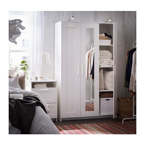 brimnes armoire penderie 3 portes blanc ikea. Black Bedroom Furniture Sets. Home Design Ideas