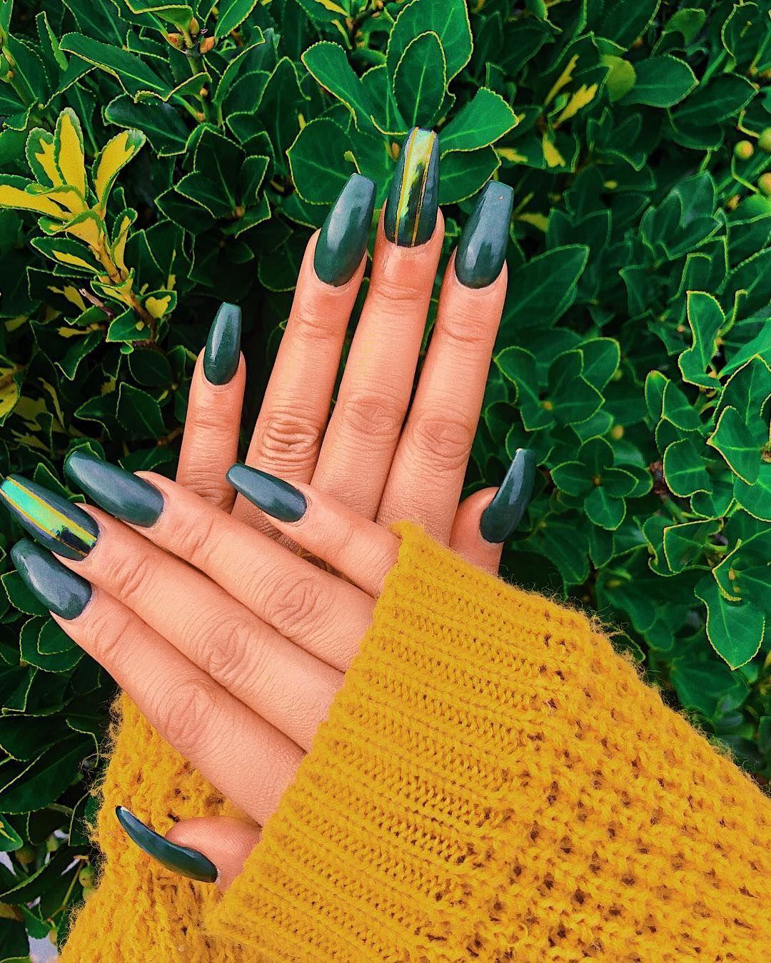 Dark Green Coffin Nails Pinterest Selfcareoverload Dark Green Nails Green Acrylic Nails Black Coffin Nails
