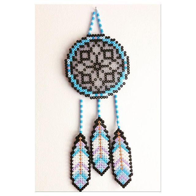 Dreamcatcher hama beads by belleniia hamaperler lism for Dreamcatcher beads meaning
