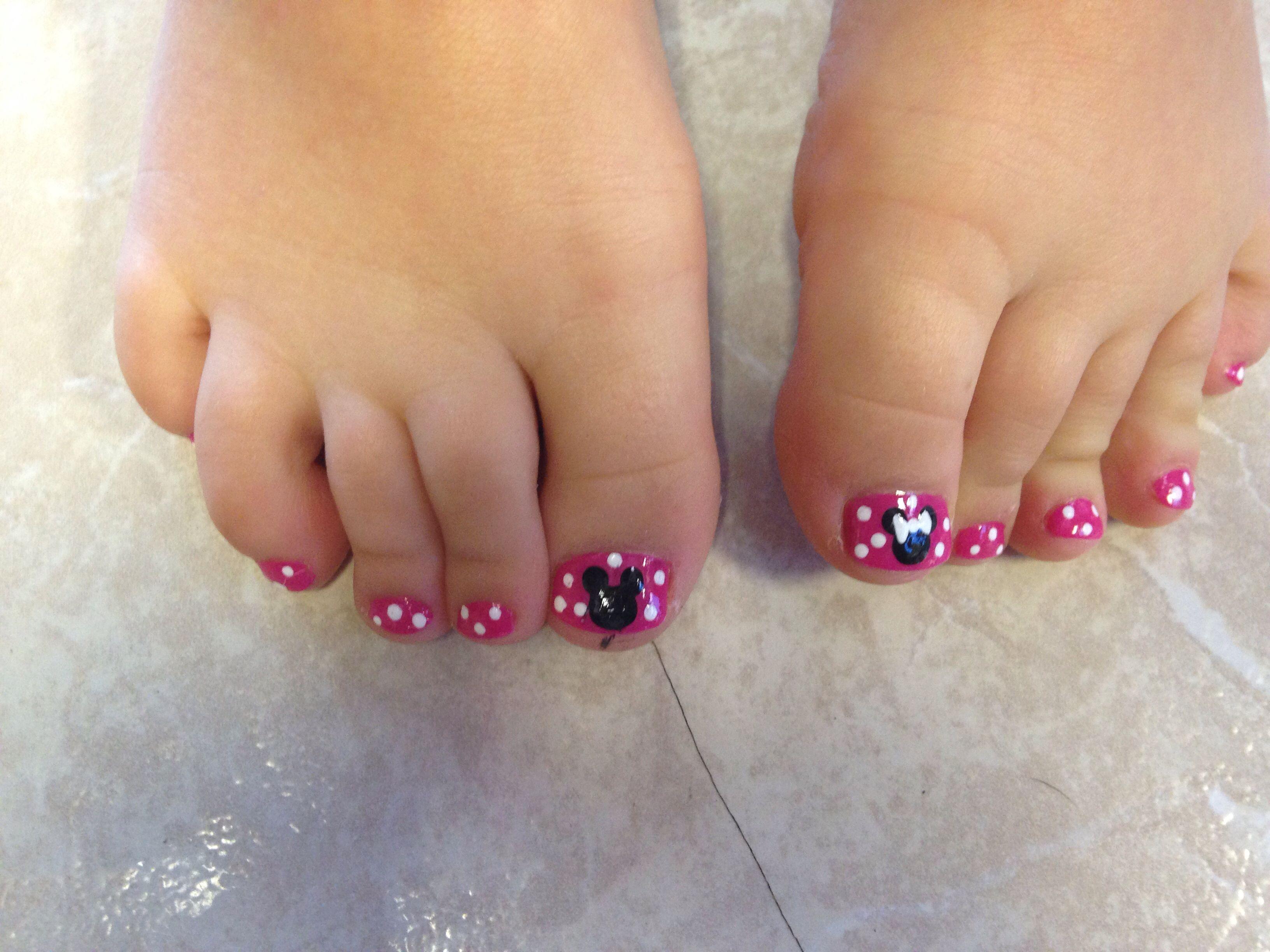 my daughter\'s Disney pedicure. with Mickey & Minnie! | Disney ...