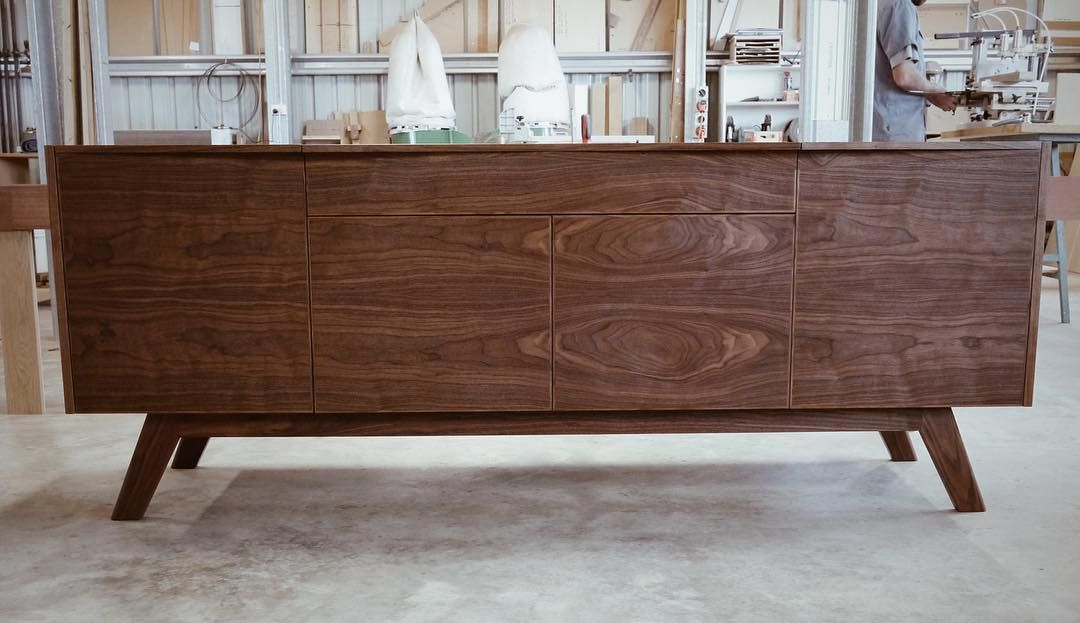 Credenza Perth : This credenza is part of a suite furniture we just sent to