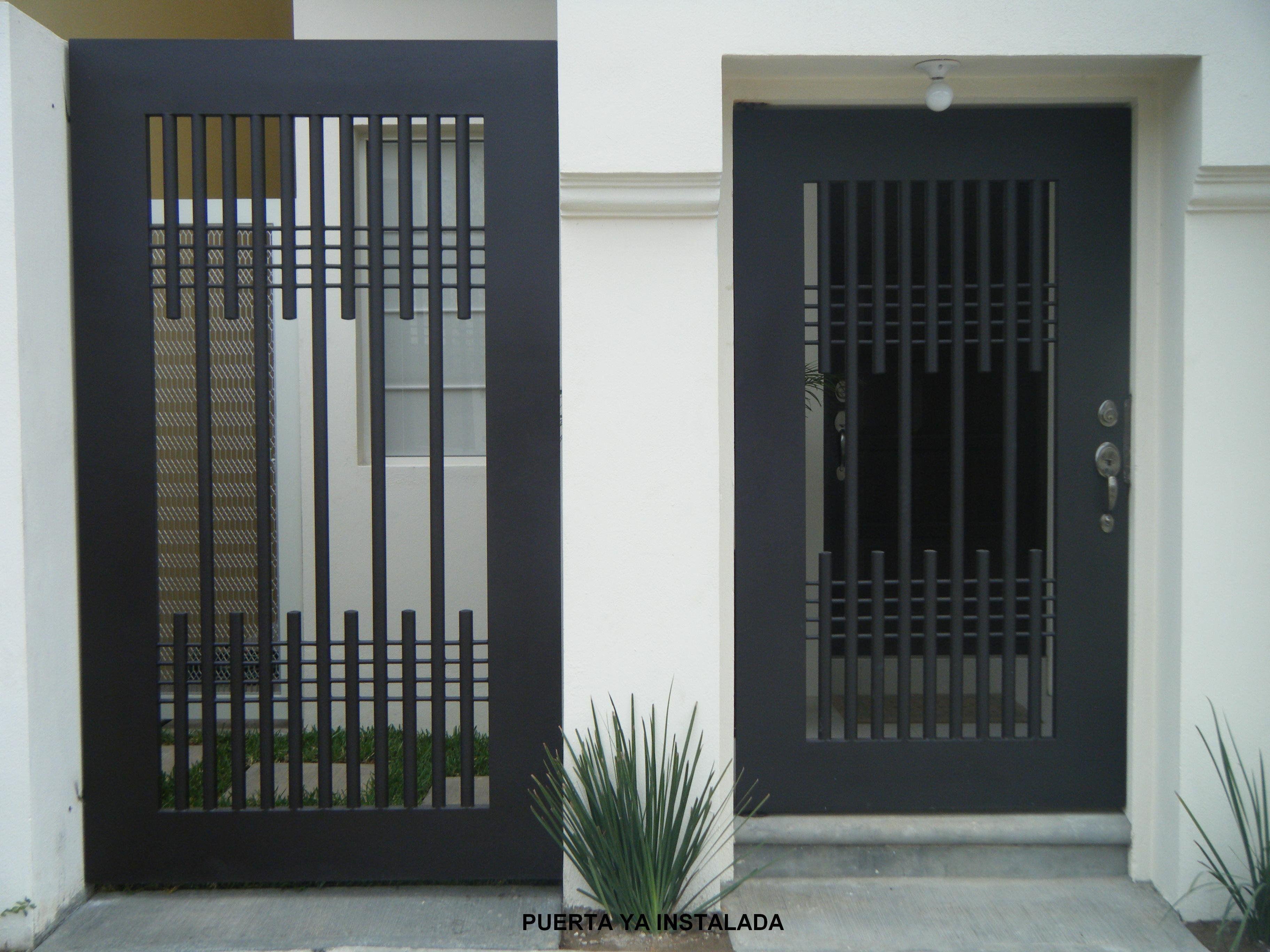 Puerta de herreria minimalista buscar con google - Puertas de metal para casas ...