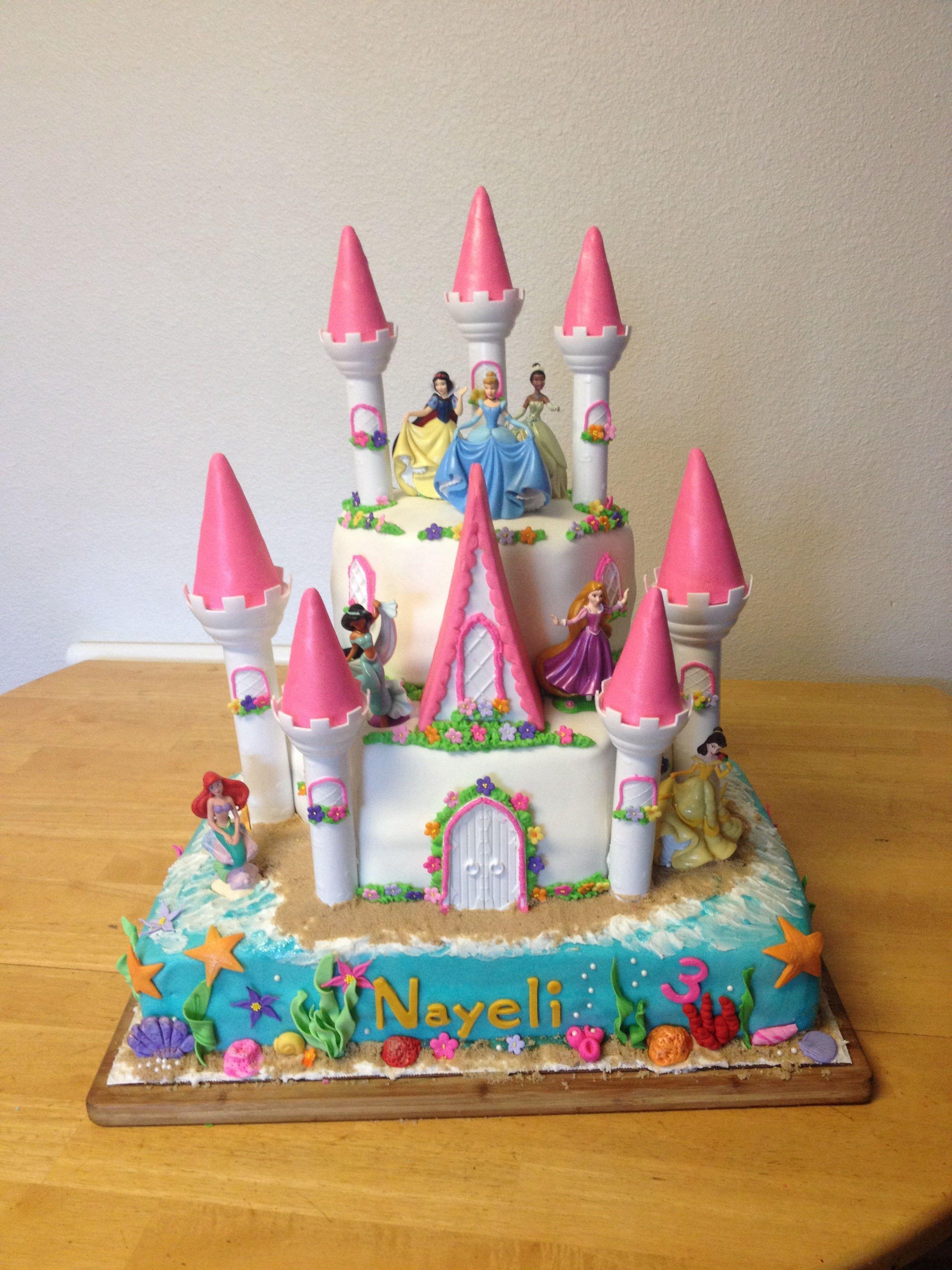 Disney Princess Birthday Cake And Cupcakes I Made For My