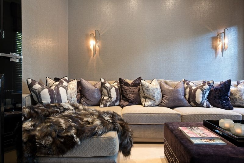 The ambient cinema room © Hill House Interiors Luxury Pinterest