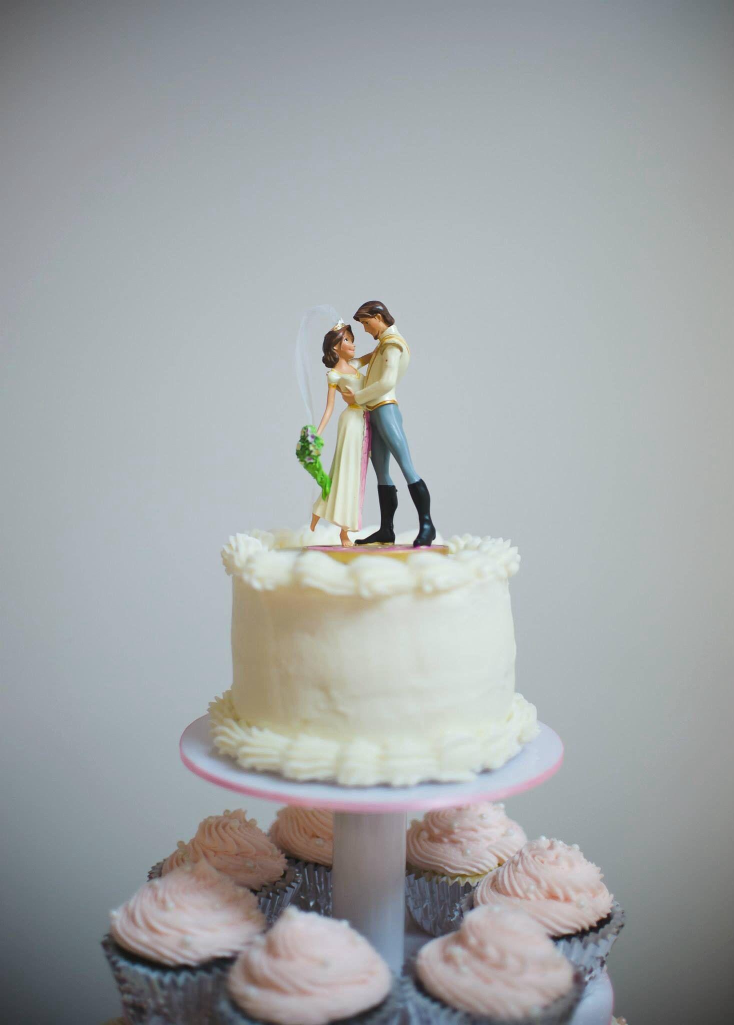 Wedding cake topper! Already got it! :) #tangled #tangledwedding ...