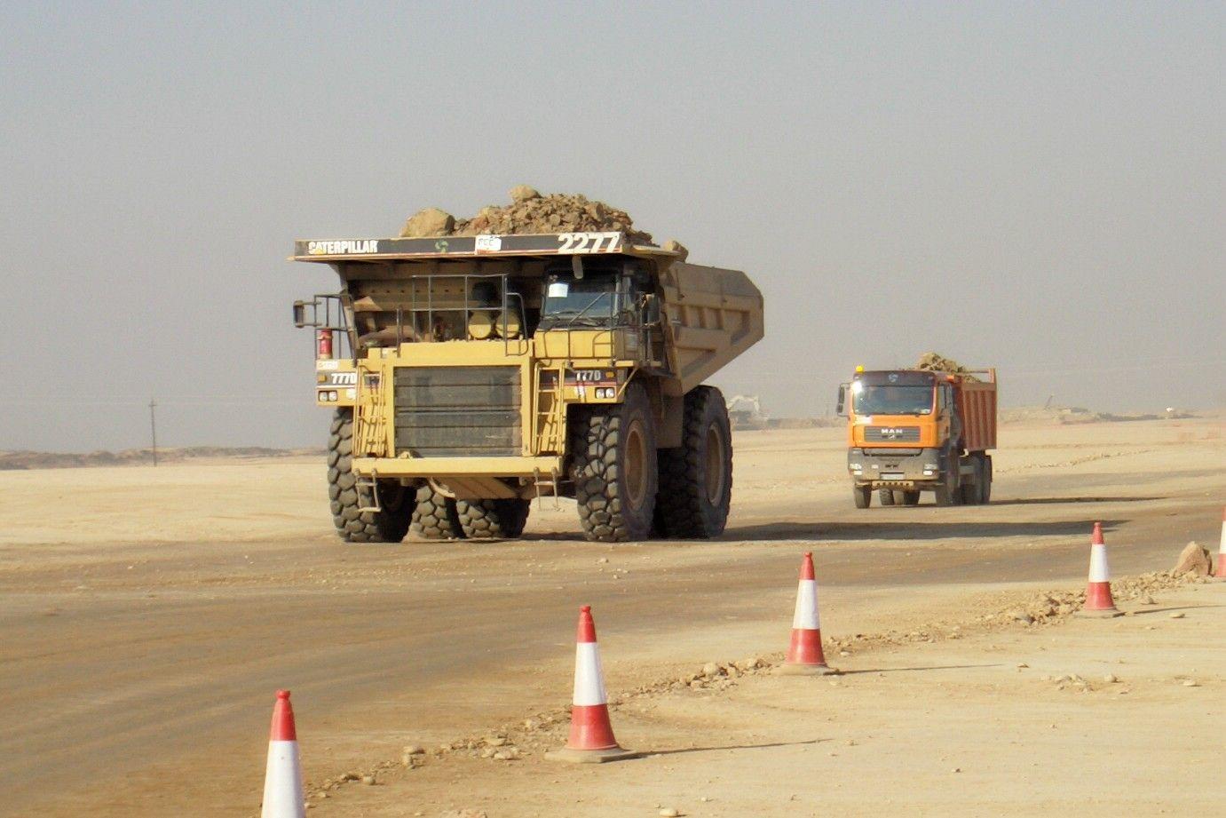 Filecaterpillar 777diijpg dump trucks trucks truck