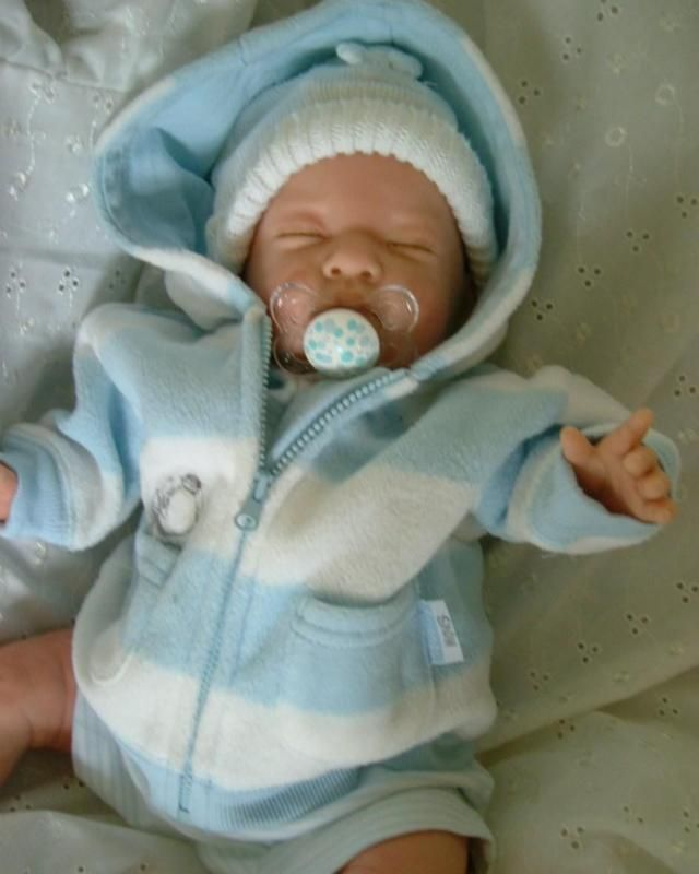 Custom made reborn fake baby doll boy or girl made to order - baby born küche