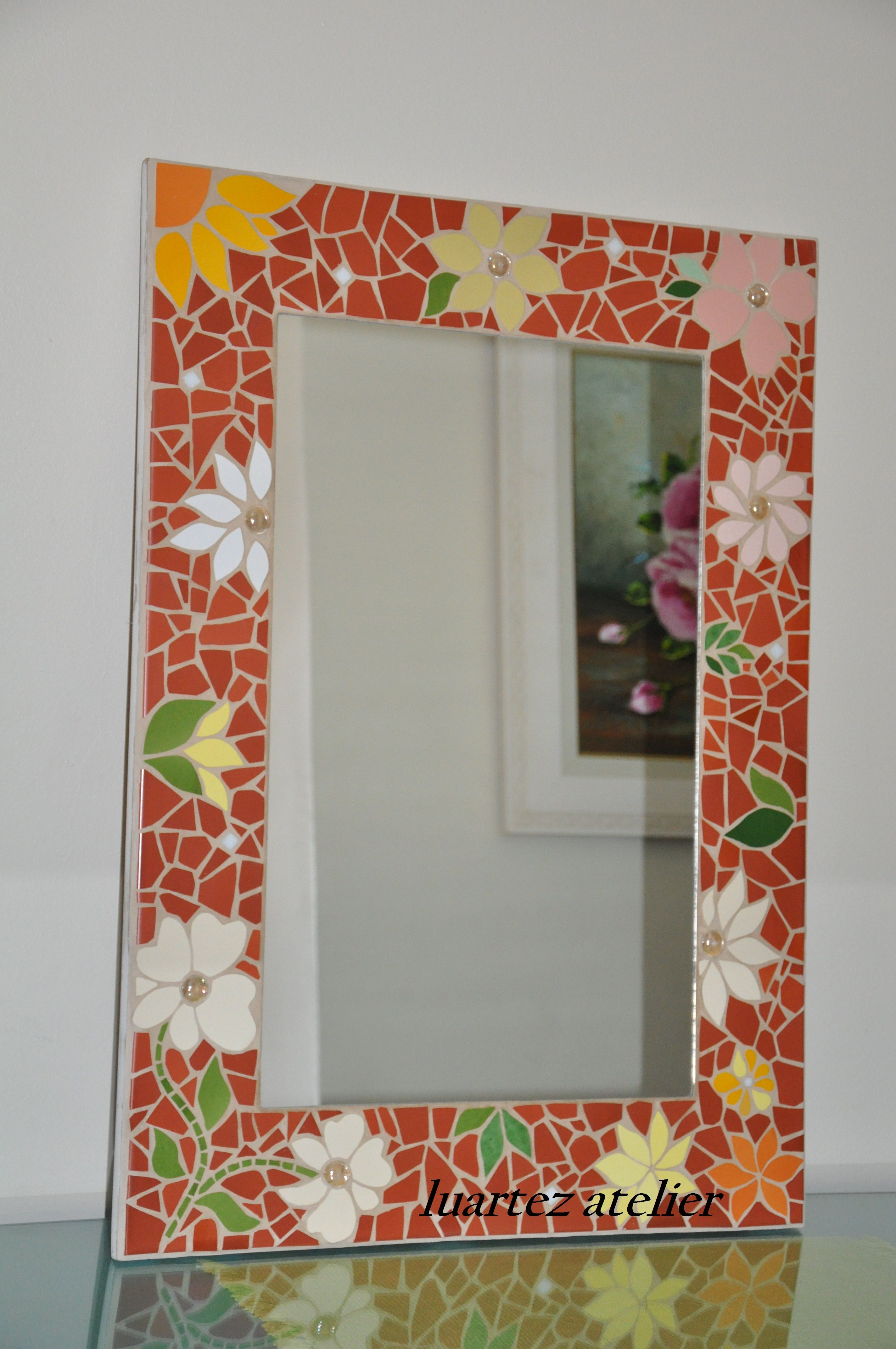 Espelho em mosaico. | Mosaic Frames | Pinterest | Mosaicos, Espejo y ...