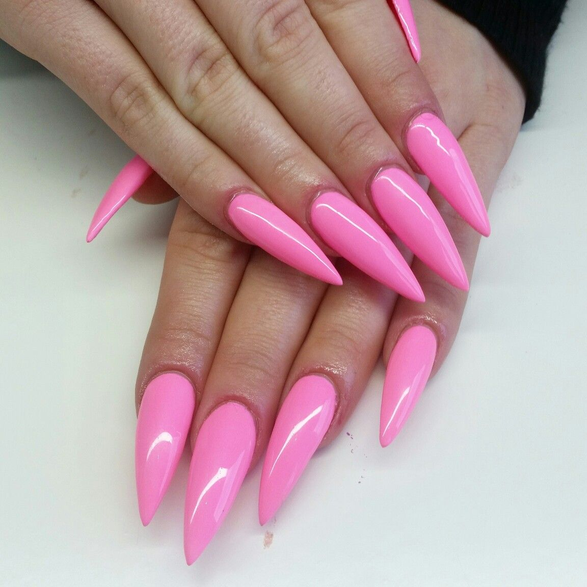 Barbie Pink Stiletto Nails Luxx Beautique With Images Pink