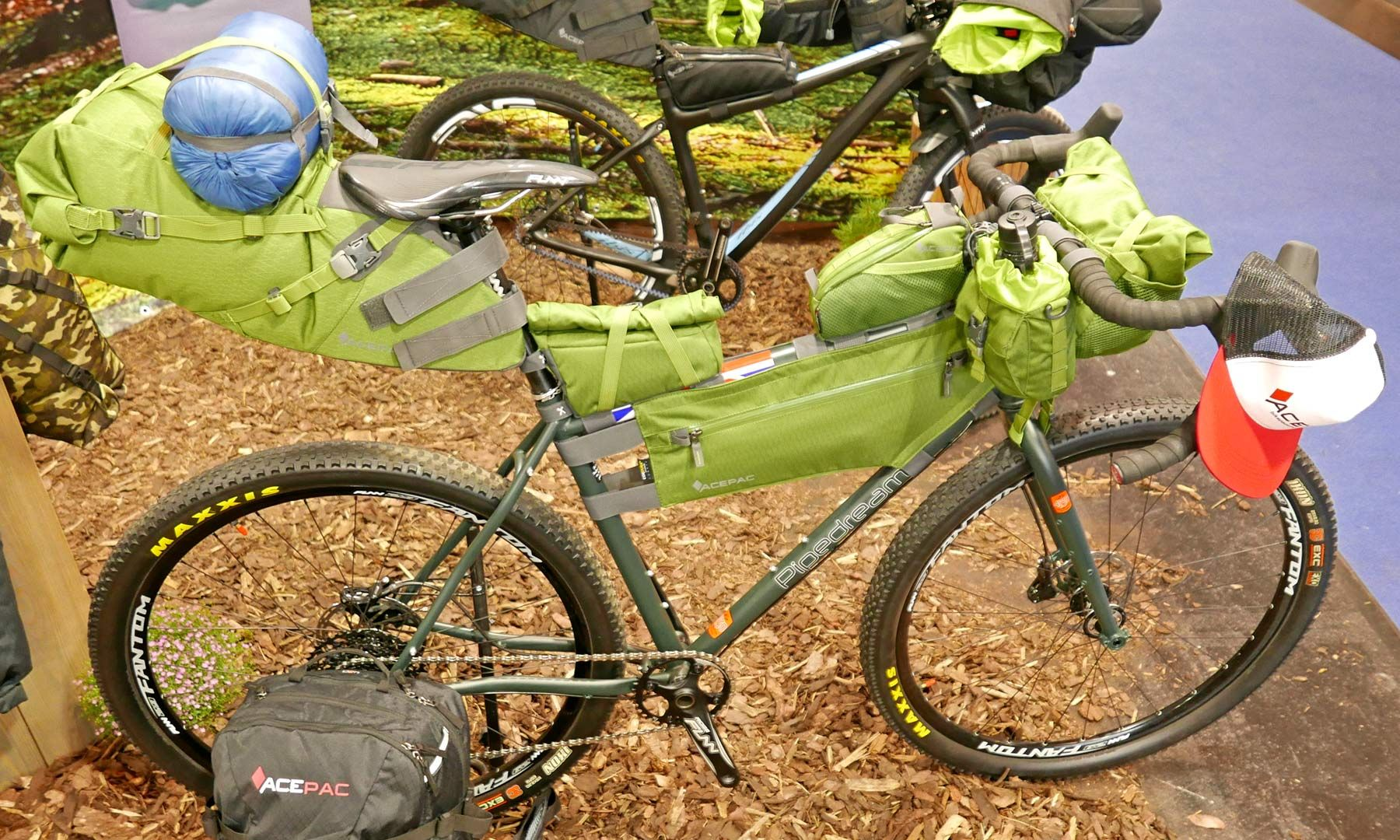 Eb18 Acepac Packs Your Bikepacking Adventure Gear With Smart