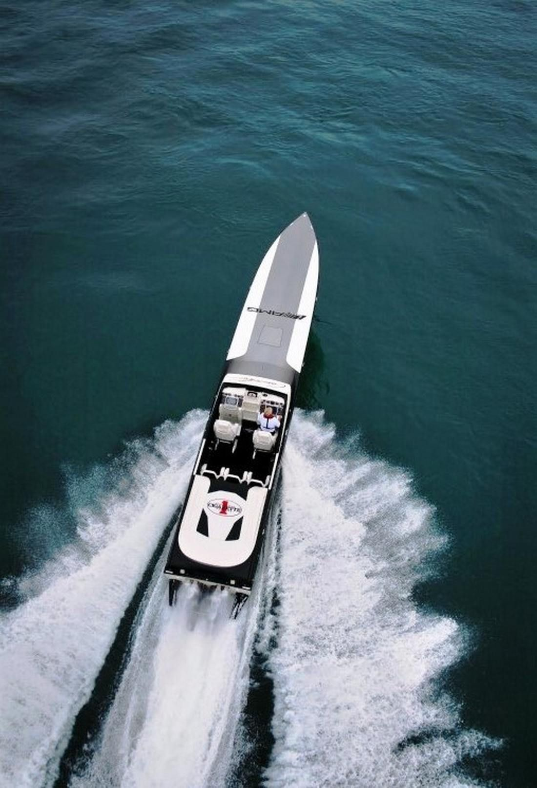 Cigarette Amg Produce The World S Fastest Electric Boat 6