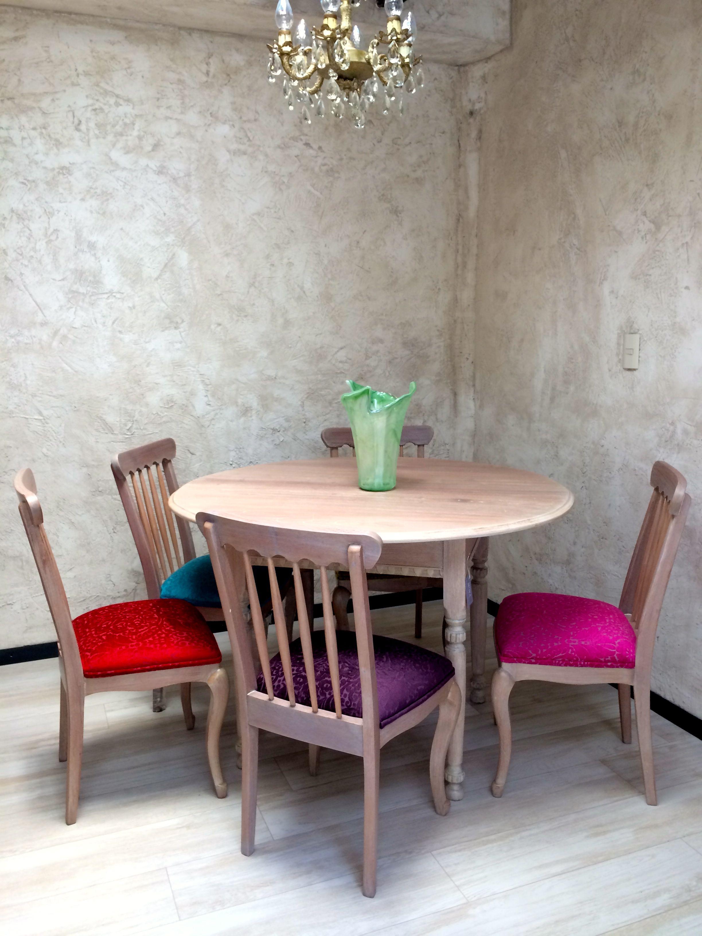 Ante comedor para 5 personas, color claro, cada silla con gamuza de ...