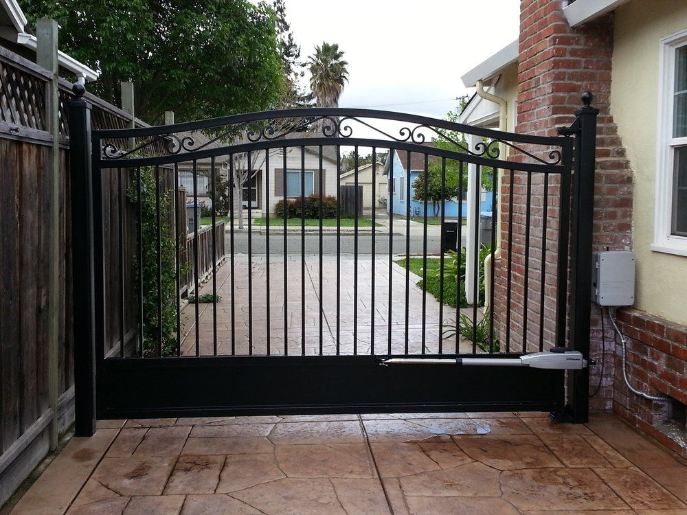 Single Swing Metal Electric Driveway Gate This Is Just What We Need Electric Driveway Gates Driveway Gate Wrought Iron Driveway Gates