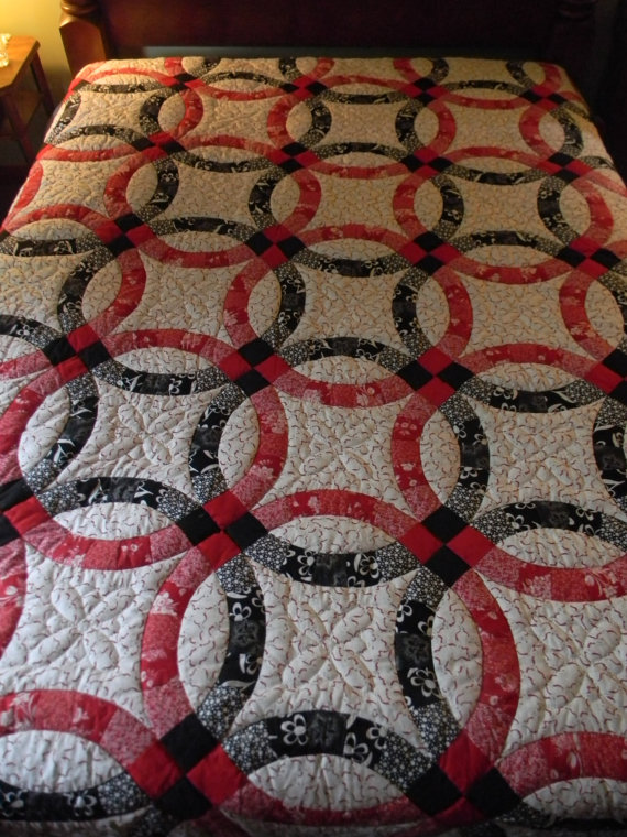 Lancaster County Amish Handmade Queen Wedding Ring Quilt 263