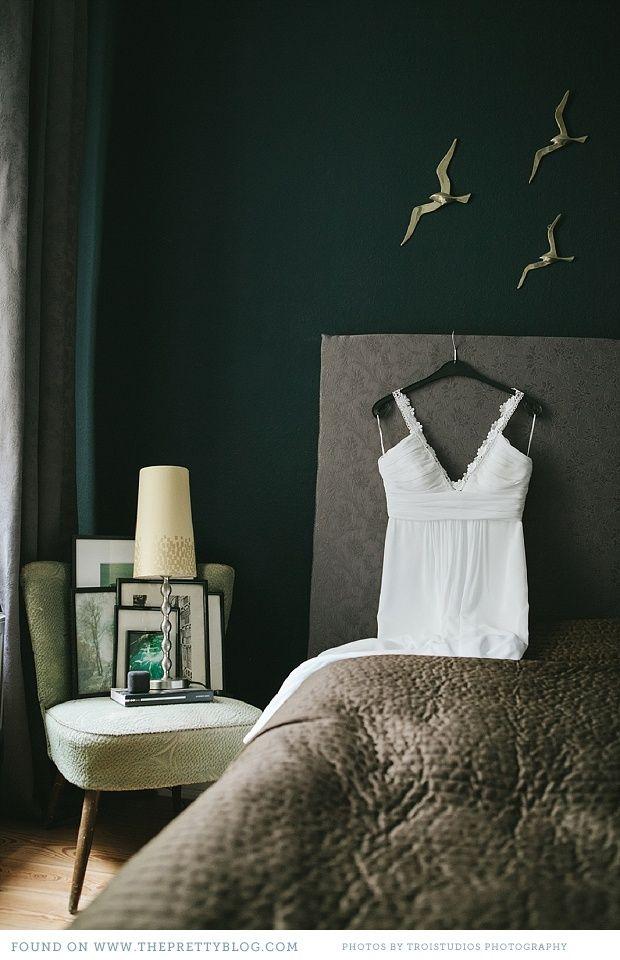 love the dark green wall and gray combo  Dark Green WallsGreen Bedroom. love the dark green wall and gray combo   Inspirado    Pinterest