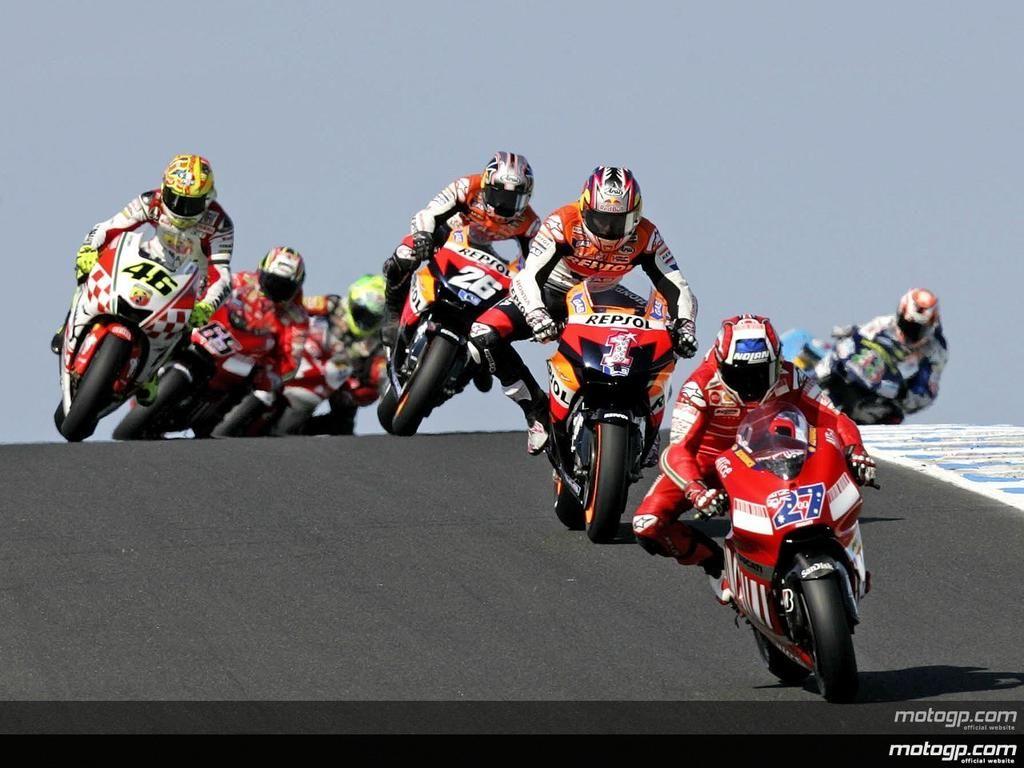 Victoria de Stoner. Australia '07 Ya somos más de 3.000 en Instagram! Te animas? Sólo MotoGP https://instagram.com/jes_sansan/