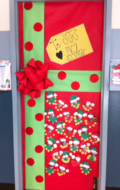 Classroom door ideas for christmas oh deer pinned by for Elf door ideas