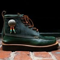 NATIVE MAINE GUIDE BOOTS BY YUKETEN http://www.luxurydreamstore.com/native-maine-guide-boots-by-yuketen/