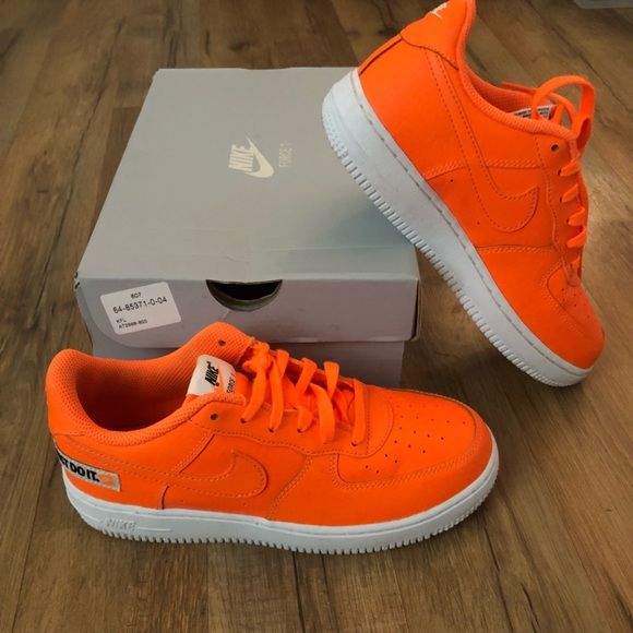 "a7f59c50623c Nike Air Force 1 LV8 ""Just do it"" Nike Air Force 1 LV8 in total orange  Preschool size 3Y (fits as a women s 5) GREAT CONDITION! Only worn once."