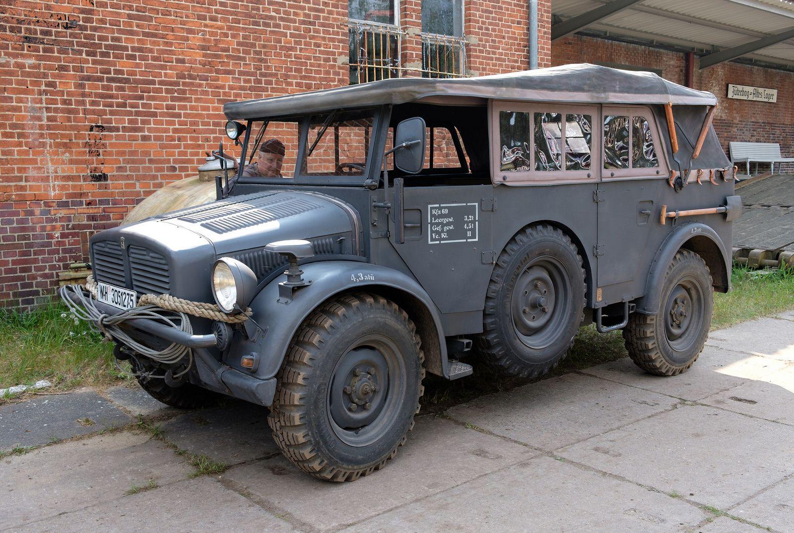 Schwerer Einheits Pkw Horch 108 Avtomobili Vojna