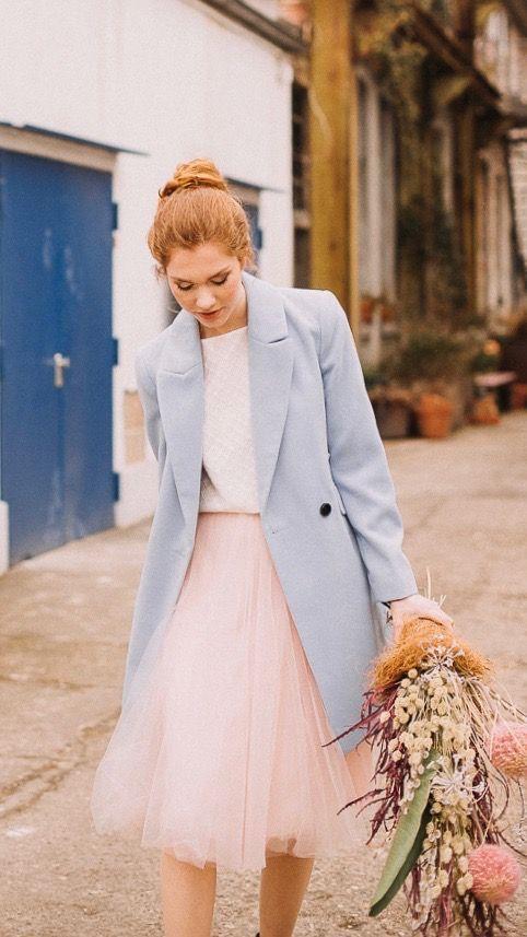 Standesamtkleid mit Tüllrock und Spitzentop #rosaspitzenkleider