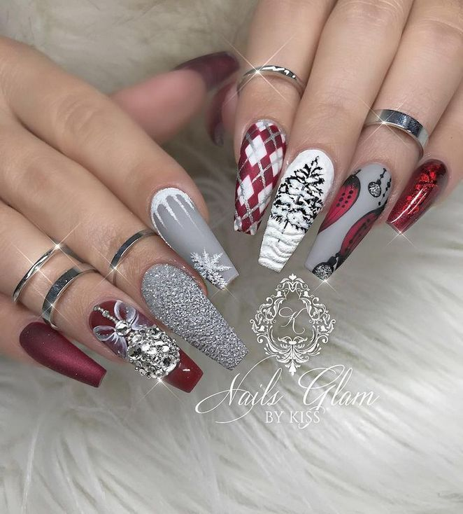 24 + Christmas Nails Acrylic Coffin Glitter Red 4