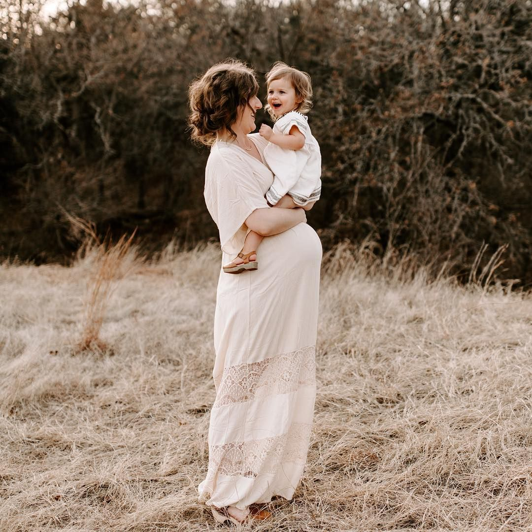 Maternity photo session sweet mom and daughter moment little